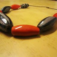 collana-rossa-grigia-gioielli-bentornato-artigianato